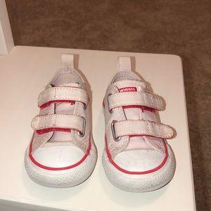 ❤️EUC❤️ Converse Baby Chuck Taylor All Star 2V